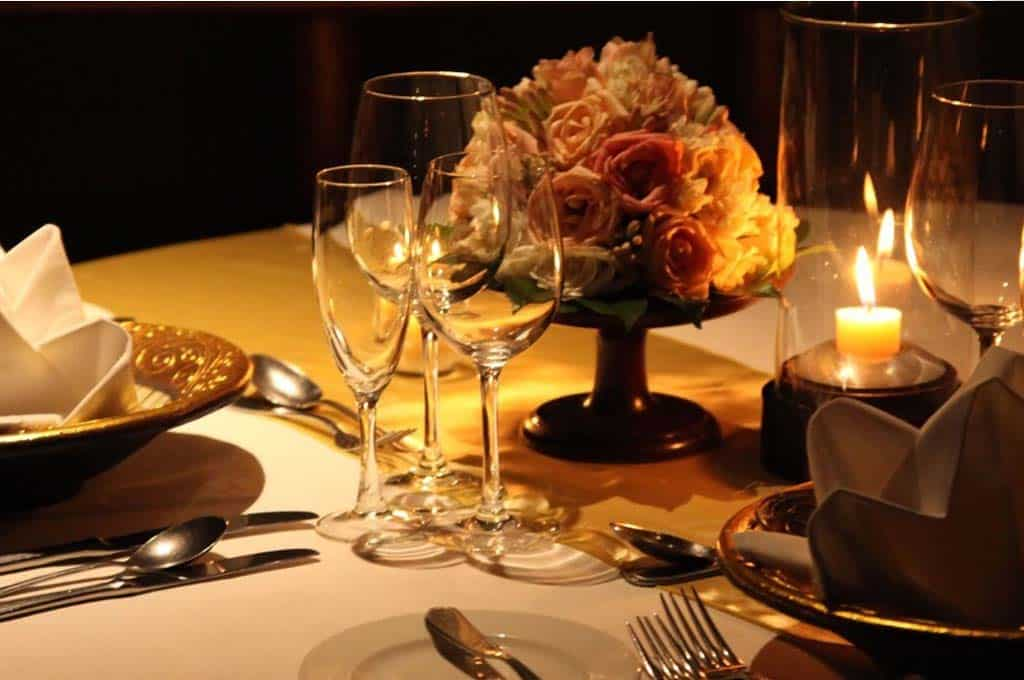 Romantic Dinner Date Services Table Set.